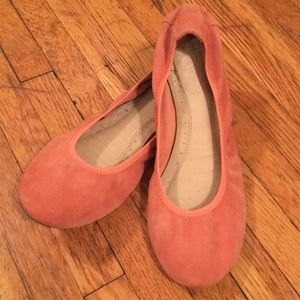 Coral suede flats 8.5N